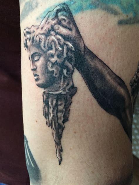 perseus tattoo perseus holding medusa ideas