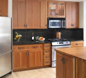 Black Oak Kitchen Cabinets What Color Wood Floor Goes With Maple Cabinets Looking Unfinished Oak Kitchen Cabinetry