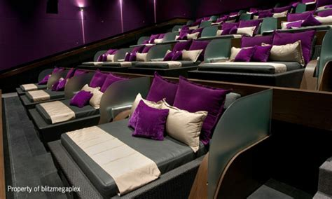 Theater With Beds by 6 Theaters That Will Let You Their In Bed