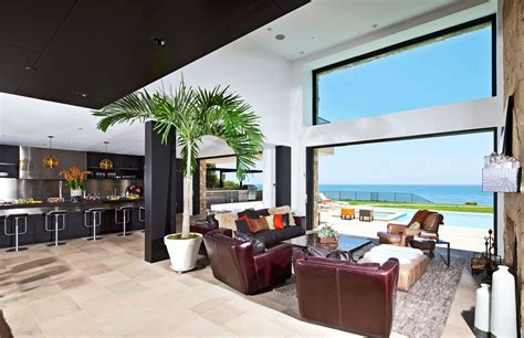 multimillion dollar house on malibu beach architecture