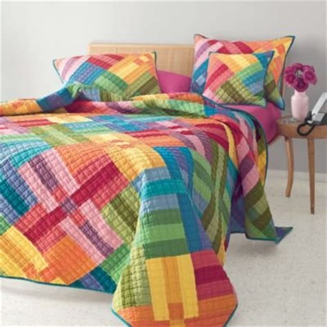 Rainbow Comforter by Bedding Rainbow Home Designs Project