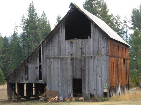 The Barn In File Barn Near Plain Wa Jpg Wikimedia Commons