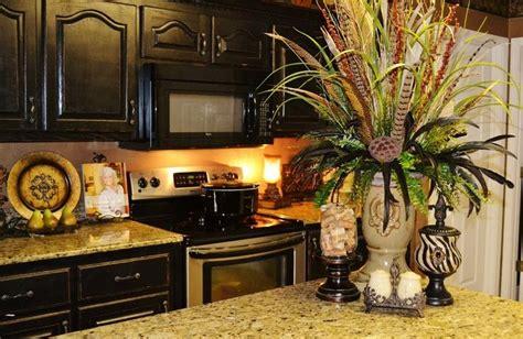 kitchen island centerpieces best 20 kitchen island centerpiece ideas on pinterest