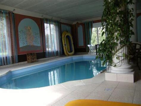 huis kopen in quebec te koop woning met binnenzwembad en een groot terrein