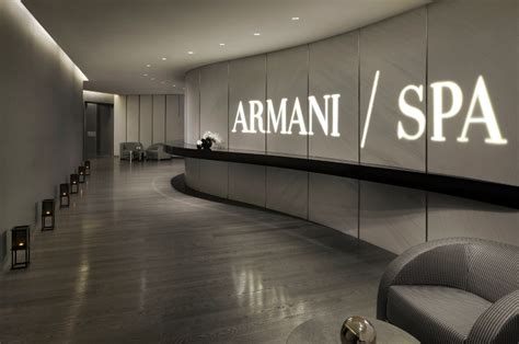 armani dubai the mind blowing armani hotel dubai