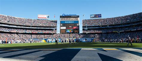 san diego chargers bowl history qualcomm stadium delaware