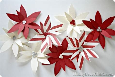 Beautiful Paper Crafts - an easy yet beautiful paper craft getting