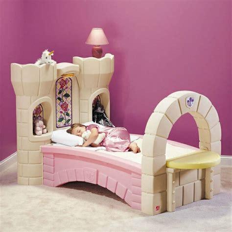 Kinderzimmer Gestalten Mädchen 11 Jahre by Kinderbett Mit Dekoration Einrichtungsideen F 252 R Jungen