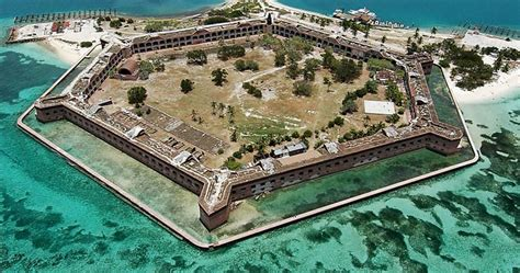 private boat to dry tortugas experience a day trip to dry tortugas tropixtraveler