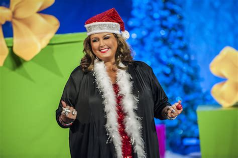 abby lee gives christmas gifts dance moms christmas special recap twas the fight before