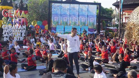Monumen Oleh Indra Tranggono bersama dan dahsyat meriahkan festival semarapura ke 3 bali ekbis