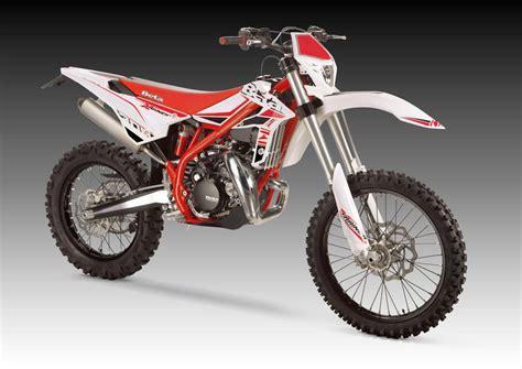 Leichte Motorr Der 2015 by Beta Xtrainer 300