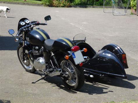 Triumph Motorrad Mit Beiwagen by Schwenkergespann Triumph Thruxton 900 Mit Seitenwagen Meteor