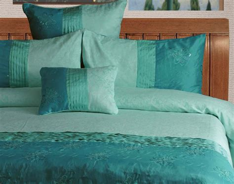 aqua turquoise bella sea green king quilt donna duvetcover