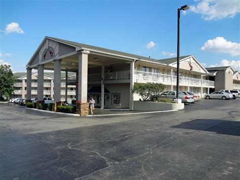 comfort inn demonbreun comfort inn downtown hotel reviews deals nashville