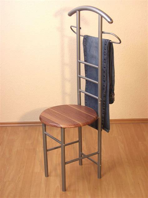 stuhl garderobe herrendiener mit sitz garderobe stummer diener stuhl
