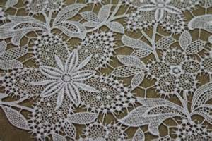 Vintage Home Interiors by Quality Fabric White Guipure Lace Flower Floral