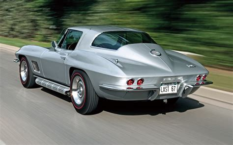 Awesome How Wide Is A 2 Car Garage #3: C12_0612_09z-1967_chevrolet_corvette_sting_ray-rear_side_view.jpg