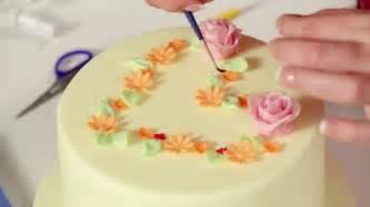 kuchen verzieren trailer torten dekorieren mit fondant