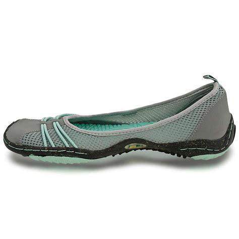 s spin shoes jambu s spin barefoot water ready shoe moosejaw