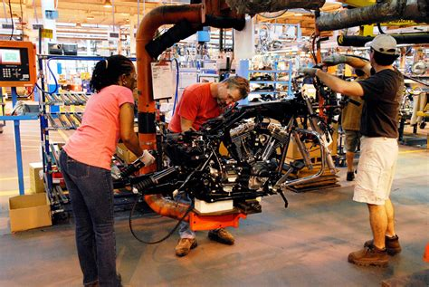 Harley Davidson Factory Tour Pa by Harley Davidson Offers Quot Steel Toe Tour Quot Of York Factory