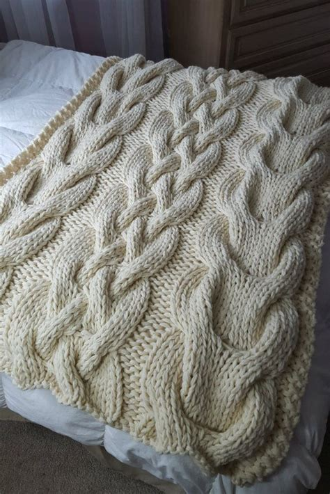 chunky cable knit blanket pattern 1000 ideas about cable knit blankets on