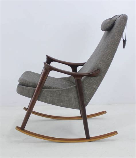 Armchair Rocking Chair by 1000 Ideas About Modern Rocking Chairs On