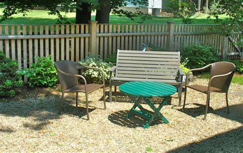 patio materials price of pea gravel patios