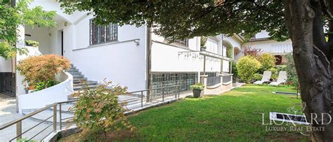 modern villa for sale near milan lionard