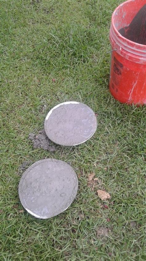 Handmade Stepping Stones - 25 unique stepping stones ideas on