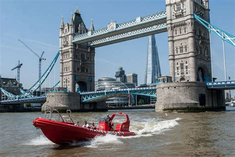 thames river voyages thames speed boat ride for two rocket speed boat voyage
