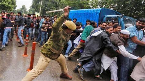 consolato indiano roma presidio di protesta per il kashmir a 5 febbraio