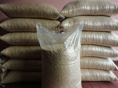 alimento para gallinas ponedora alimento para gallinas ponedora 20 kilos de maiz