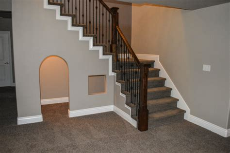 How To Use The Space Under The Stairs Effectively