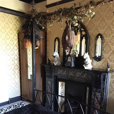 bedrooms and broomsticks photo0 jpg picture of bats and broomsticks whitby