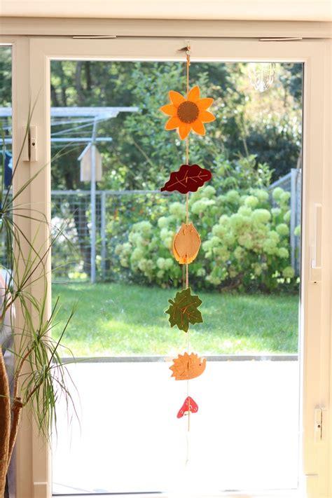 Herbstdeko Fenster by Herbstdeko Aus Der Natur Tagaustagein