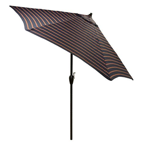 Plantation Patterns Patio Furniture Plantation Patterns 9 Ft Aluminum Patio Umbrella In Midnight Ruby Stripe With Tilt 9900