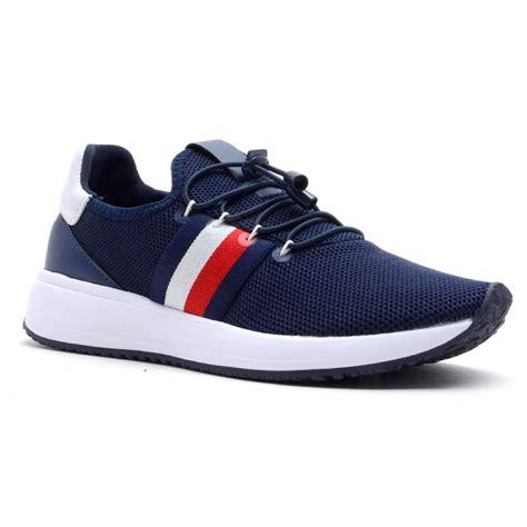 tommy hilfiger walking shoes