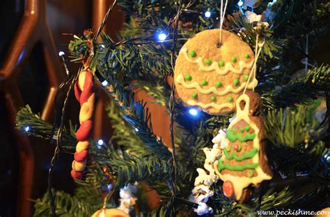 edible christmas tree ornaments a christmas cookies