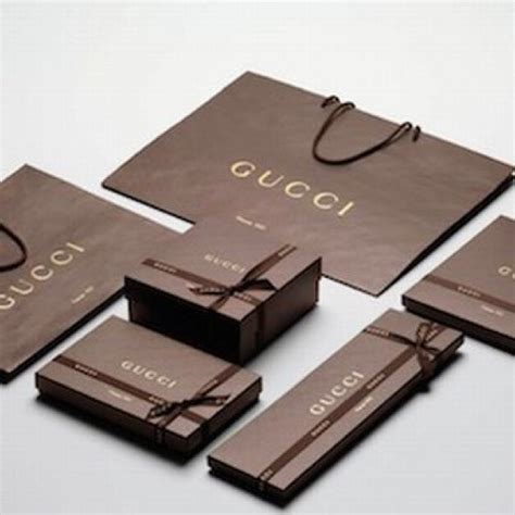 Sale Gucci 8100 Set gucci sale gucci gift set from i offers s closet on poshmark