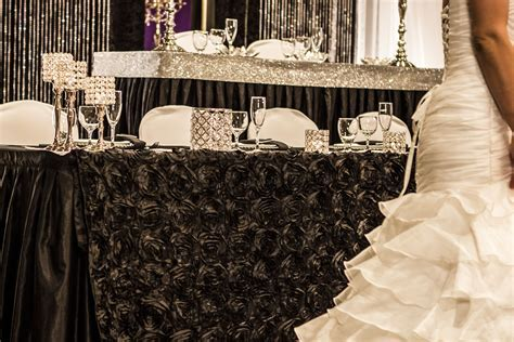 Bling Wedding Decor #wedding #decor #reception #