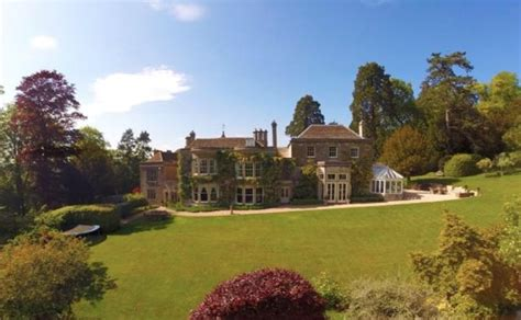 buying a country house victoria and david beckham buying 163 5 4 million mansion in the cotswolds aol uk travel