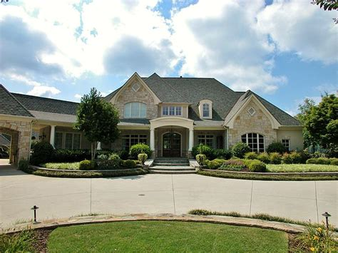 exteriorfront2 700 lake lanier homes for sale