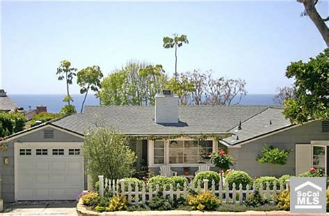 Beach Cottage In Laguna California For Sale California Cottages For Sale