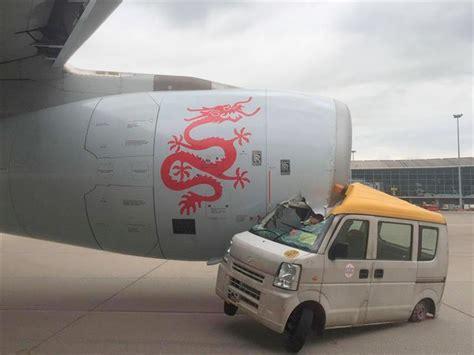 fast and furious 8 hong kong accidente de un auto contra un avi 243 n en el aeropuerto de