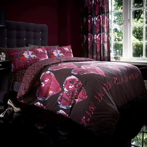 graffiti hearts duvet cover with fitted sheet
