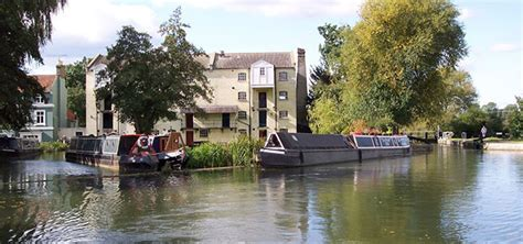 party boat hire hertfordshire canalability canal boat holidays and day trips for people