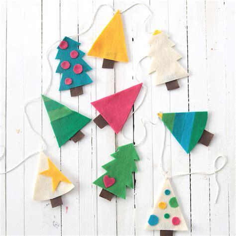 prop up some art 15 easy christmas decorations real simple easy diy felt christmas tree garland simple holiday decor