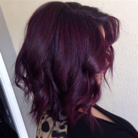 coiffure cheveux mi femme attache coloration des la coloration phare de 2018 les cheveux prune obsigen