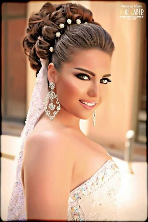 hairstyle for 40 yrar old bride 40 chic wedding hair updos for elegant brides pinterest